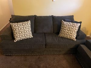 Furniture set for Sale in Columbus, OH