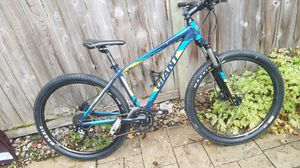 Giant Talon Mountain Bike 29er/hydraulic brakes for Sale in Tacoma, WA