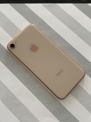 Factory unlocked IPhone 8 64gb for Sale in Everett, MA