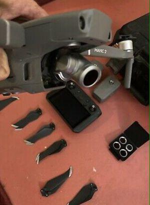 DJI Mavic 2 Zoom with Smart Controller for Sale in Kansas City, KS