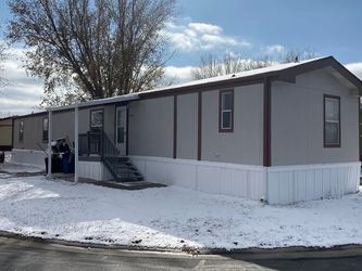 Mobile Home 4 Bedrooms 2 Bathes 1289sq FT. for Sale in Denver,  CO