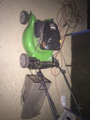 Priced to sell quick!!! Used lawn mower 80$ for Sale in Maple Heights, OH