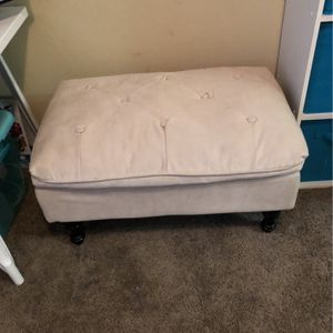 Small White Couch for Sale in Happy Valley, OR