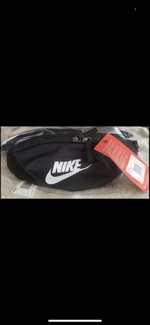 Nike waist bag 🔥🔥🔥🔥🔥 for Sale in Lynwood, CA