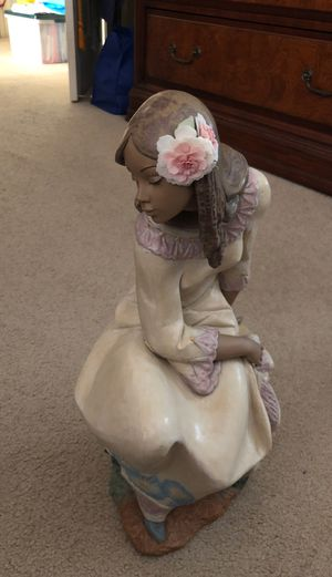 LLADRO woman spring collection for Sale in Stockton, CA
