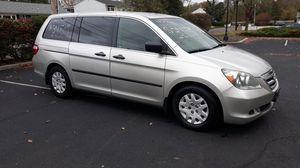 2007 Honda Odyssey LX minivan 175k miles for Sale in Middletown, NJ