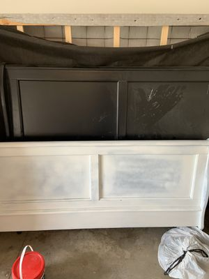 Queen size wooden bed frame. for Sale in Zimmerman, MN