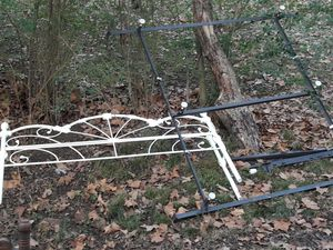 Cali king bed frame has foot pieces also for Sale in Rossville, GA