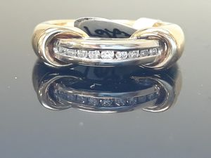 14k Two Tone Diamond Wedding Band Ring 5.5 grams size 6 for Sale in Fort Pierce, FL