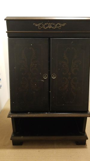 Jewelry Armoire for Sale in Springfield, VA