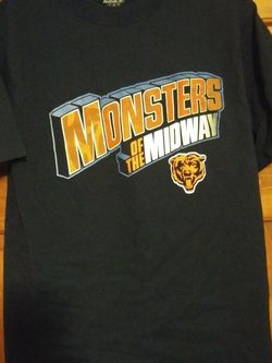 MENS SMALL CHICAGO BEARS MONSTERS OF THE MIDWAY REEBOK SHIRT for Sale in Naperville,  IL