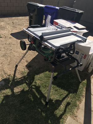 Table saw & shop vacs for Sale in Fontana, CA