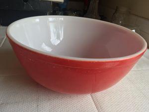 Pyrex Vintage 23 Large Red Bowl for Sale in Santa Clarita, CA