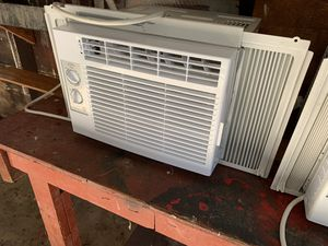 Air conditioning General Electric for Sale in St. Louis, MO