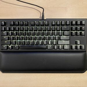 Razer Blackwidow TE Chroma V2 Tkl Gaming Keyboard for Sale in Vancouver, WA