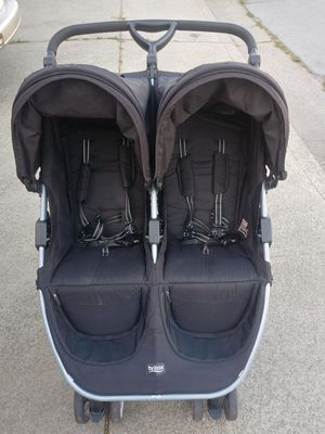 Britax B-Agile Double stroller for Sale in Albany, CA