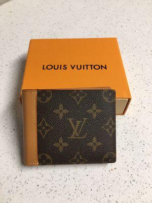 Louis Vuitton LV Mens Multiple Brown Flower Wallet for Sale in Tolleson, AZ