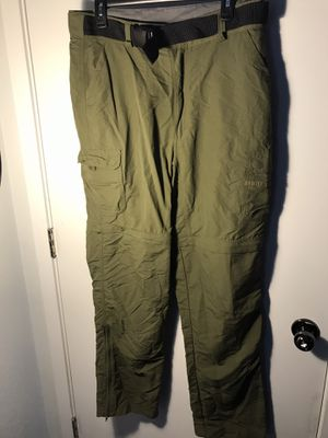 Men's Cabelas Nylon Green Pants Convertible 34 x 34 Hiking Camping Fishing for Sale in Aurora, CO
