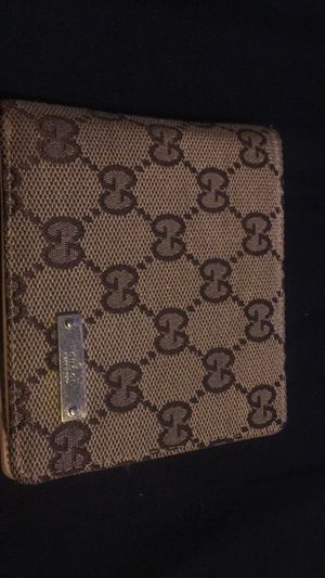 Authentic Gucci wallet. for Sale in Gloucester City, NJ