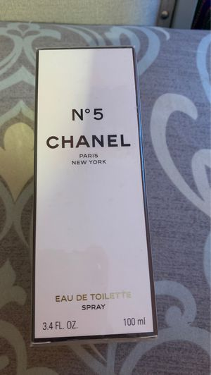 Perfume retail $ 130 for Sale in Colma, CA