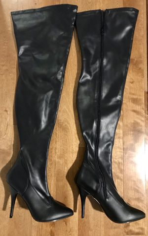 Black thigh high boots for Sale in Edgewood, WA