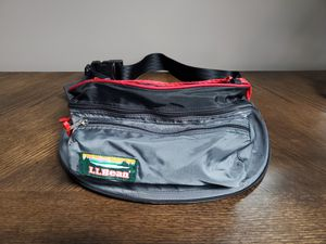 L.L. Bean Big Fanny Pack Bag for Sale in Romeoville, IL