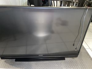"Mitsubishi 60"" inch TV with Stand for Sale in Miami, FL"