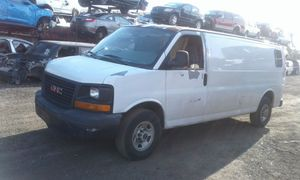 GMC savanna for parts out 2007 for Sale in Miami Gardens, FL