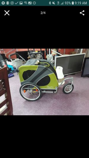 426.00 DOG STROLLER / JOGGER..USED TWICE for Sale in Delray Beach, FL