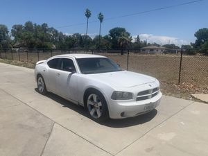 2006 Dodge Charger 🔌 for Sale in Fresno, CA