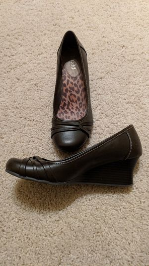 Women's Brown Dress Shoes 7 for Sale in Durham, NC