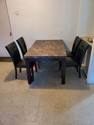 Very Nice Kitchen Table With 4 Chairs .. Delivery Available !! for Sale in Brooklyn, NY