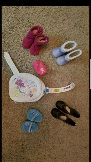 """18"""" American Girl brand doll shoes backpack pencil case clothes for Sale in Phoenix, AZ"""