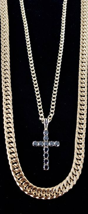 EXCLUSIVE CROSS 18K GOLD FULL BLACK DIAMONDS CZ NEW CHAIN MADE IN ITALY! for Sale in Orlando, FL