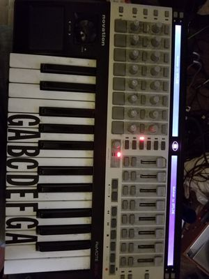 Novation Remote Sl 25 MIDI Keyboard MPC for Sale in Washington, DC