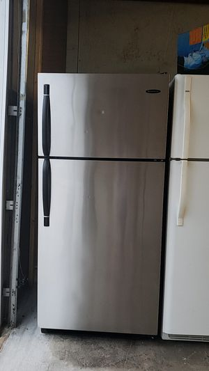 Frigidaire stain steel Refrigerator for Sale in Pawtucket, RI