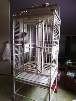 PARROT CAGE / PLAY TOP for Sale in Levittown, PA