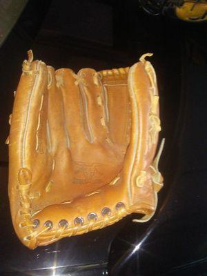 3 Baseball/Softball Gloves for Sale in Lithonia, GA