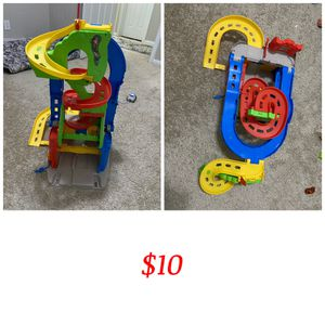 Move Out Sale -toys for Sale in Plano, TX