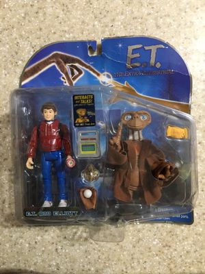 E. T. Extra Terrestrial 2001 Toys R Us Action Figure E. T. and Elliott for Sale in Orlando, FL