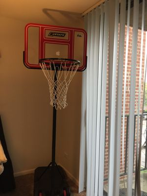 Basketball hoop for Sale in Schaumburg, IL