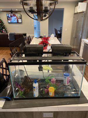 29 gallon aquarium for Sale in Highland Park, IL