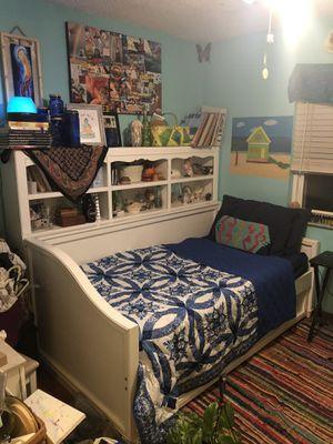 Trundle Twin Bed Set w/ Shelf and Dresser for Sale in Merritt Island, FL
