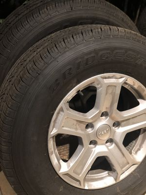 Jeep wheels 245/75/17 (New) for Sale in Lathrop, CA