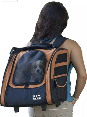 Pet Gear I-GO2 Roller Backpack, Travel Carrier, Car Seat for Cats/Dogs for Sale in Las Vegas, NV