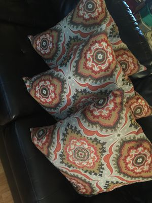 Big pillows set 3 for Sale in Phoenix, AZ