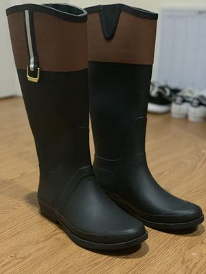Tommy Hilfiger Rain boots size 8 for Sale in Saugus, MA