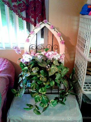 Beautiful purple and white artificial plant for Sale in Colton, CA