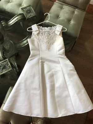 Girls white communion flower girl dress size 14 for Sale in Tampa, FL