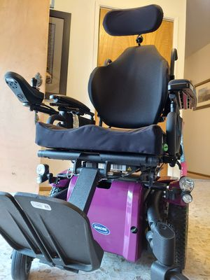 Invacare TDX SP2 Power Wheelchair for Sale in Marysville, CA